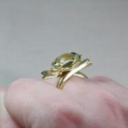 Első befoglalásom: Sárgaréz szirmocskás gyűrű